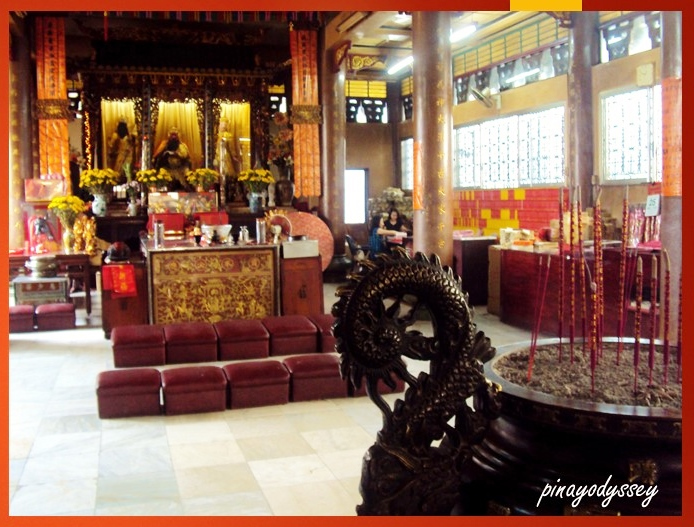 The main hall where devotees kneel and pray