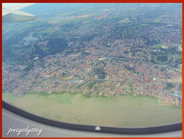 Weeew. Manila from the sky!