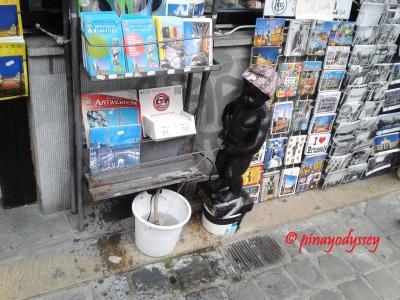 A funny replica of the mannekin pis