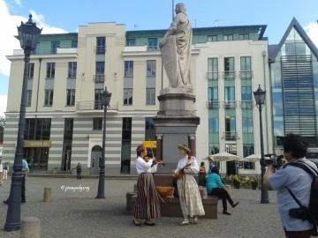 Latvian street performers