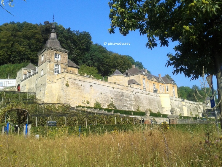 MAASTRICHT: Château Neercanne – The only terraced castle ...