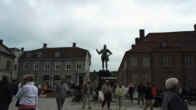 King Frederick II, Kongenstorv (The King's Square)
