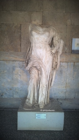 Statue of a goddess, probably Aphrodite