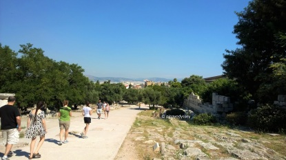 On the way to Acropolis